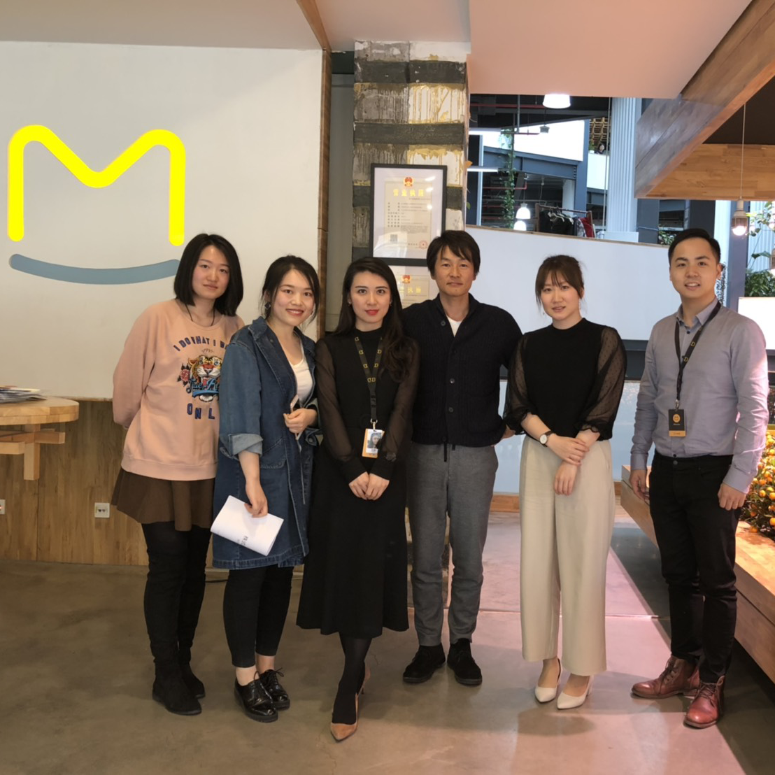 中国・北京にてマーフォンウォー社を訪問するBeA社員